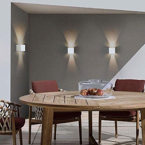 Illuminare la facciata esterna con lampade a LED Sikrea Lenab 4226